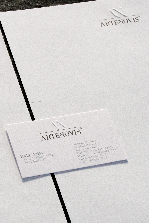 Visitenkarte und Briefbogen mit Blindprägung steht für hochwertig, edel und zeitlos