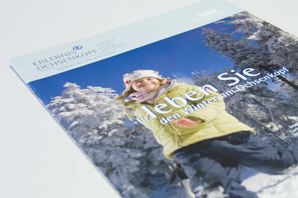 Tourismus Winterkatalog zeigt durchgängiges Design aller Printmedien