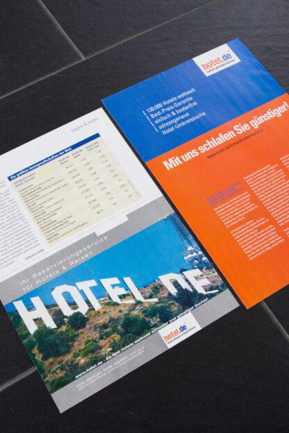 Composing hotel.de auf Anzeige und Flyer