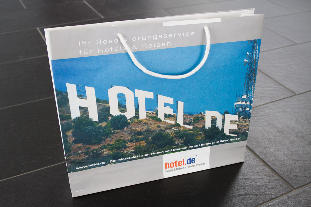 hotel.de Tragetasche mit Composing hotel.de